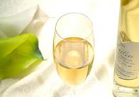 最新流行趋势-白葡萄酒配大闸蟹